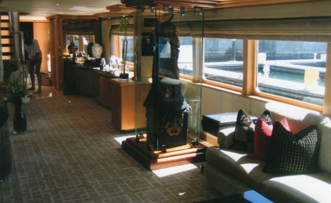 aboard-shogun-luxury-newport-beach-inside