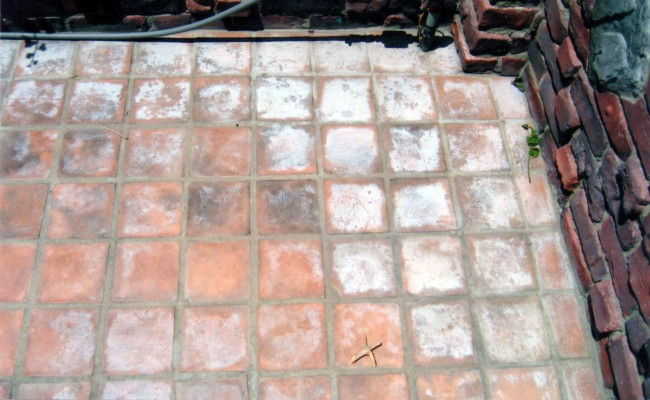 mexican-paver-patio-newport-beach-before1
